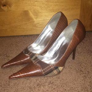 Michael Antonio pointy pump heels